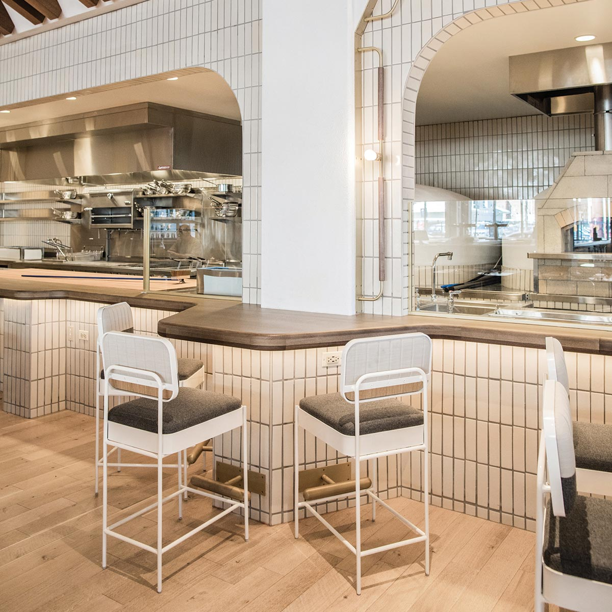 Pacific Standard Time Restaurant Peninsula Style Seating
