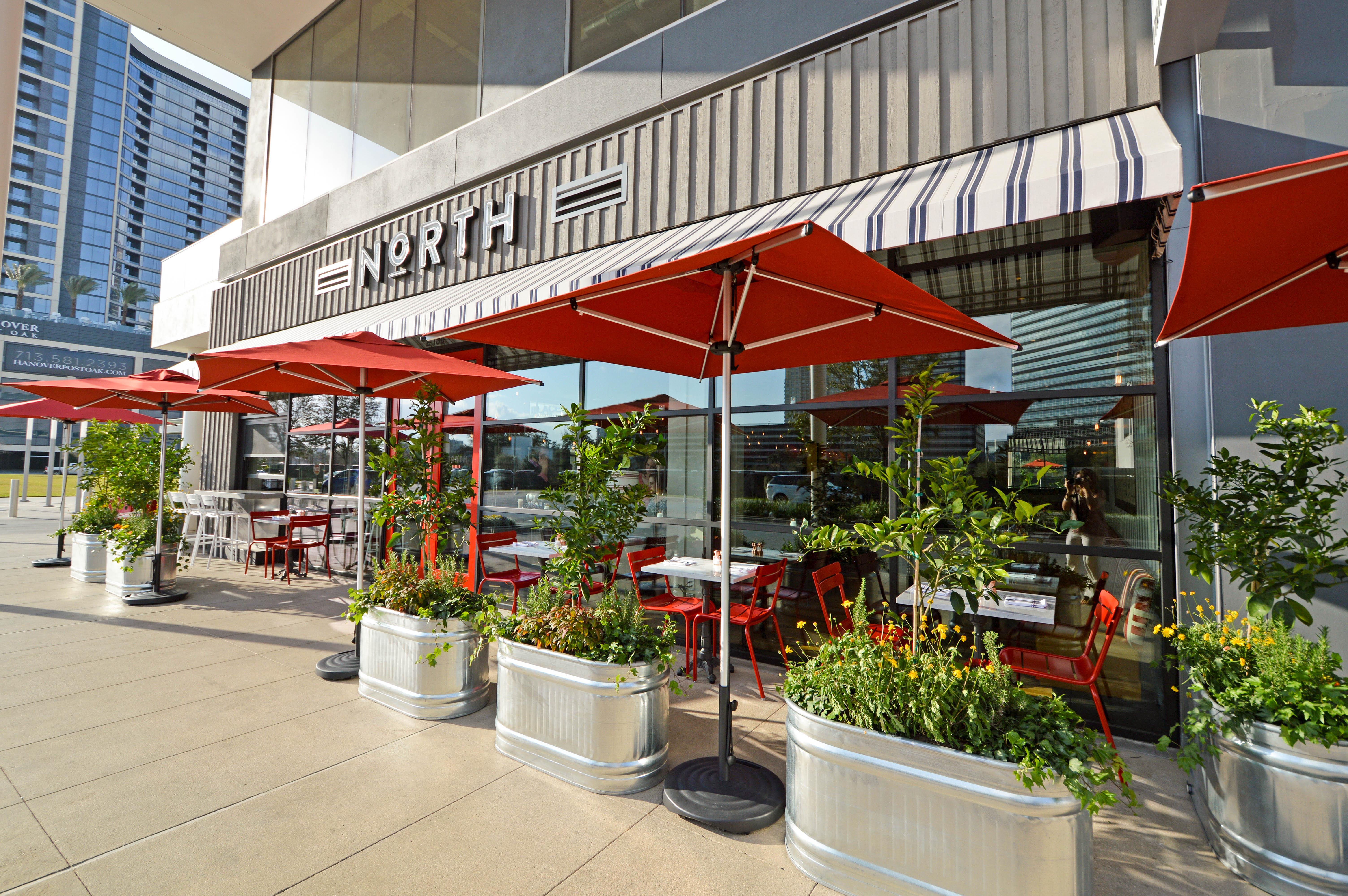 exterior view of Italian restaurant