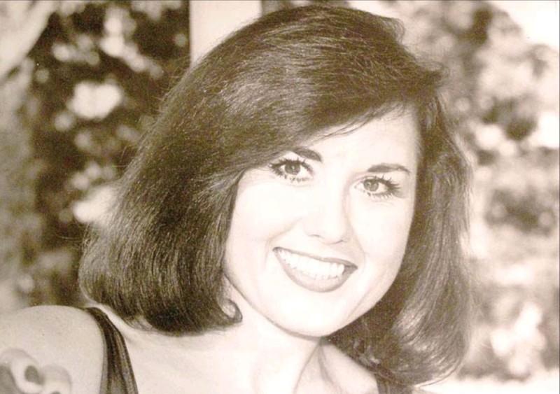 Donna-Carr-Cres-Cor