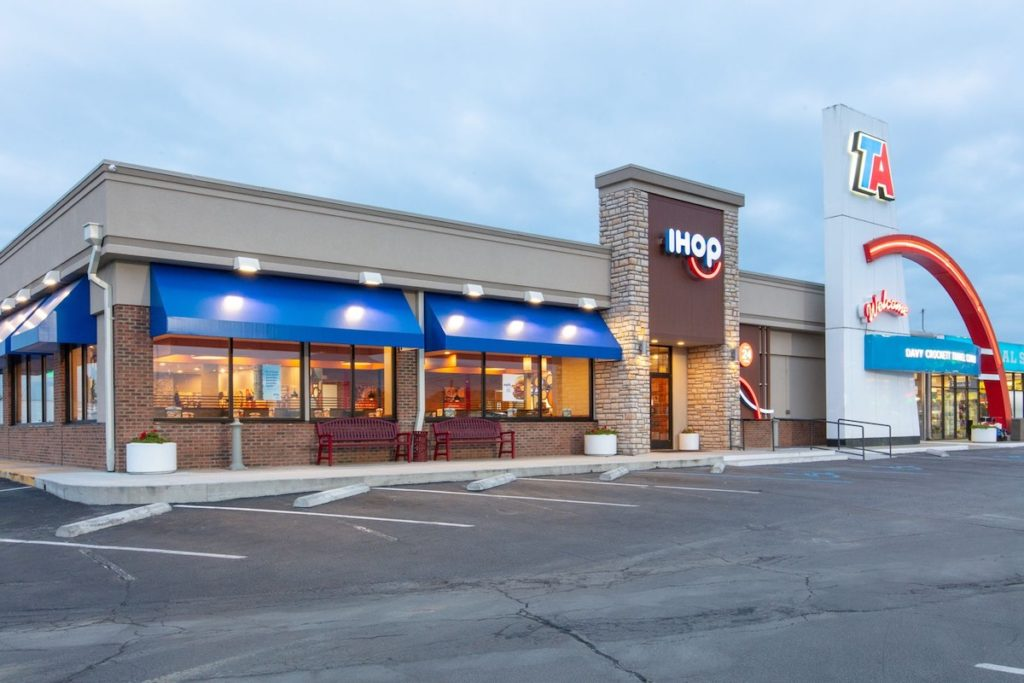 IHOP-and-TravelCenters-of-America-Announce-Plans-to-Open-Nearly-100-Restaurants-at-Travel-Centers-in-the-Next-Five-Years-1