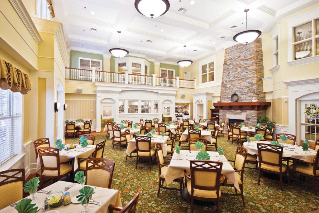 Ohio-Living-Breckenridge-Village-at-Grace-Woods-Dining-Room