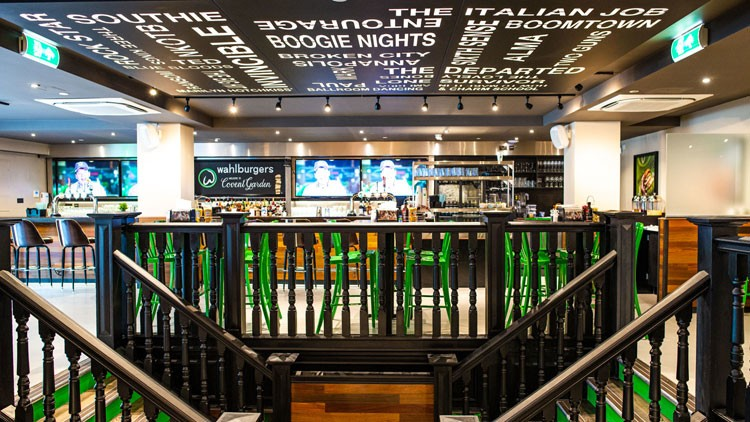 Wahlburgers-restaurant-opening_wrbm_large