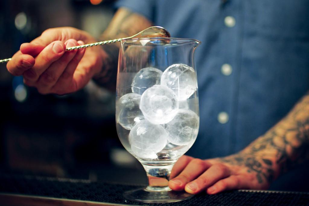 Hoshizaki-Ice-Machine-Bartender