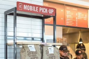 Mobile-Pick-Up-Shelf