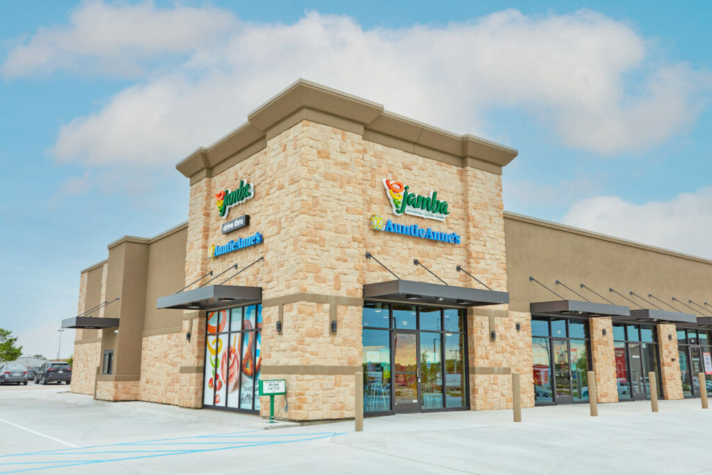 A drive-thru Jamba/Auntie Anne's co-brand location in Wylie, Texas, marks a first in company history.